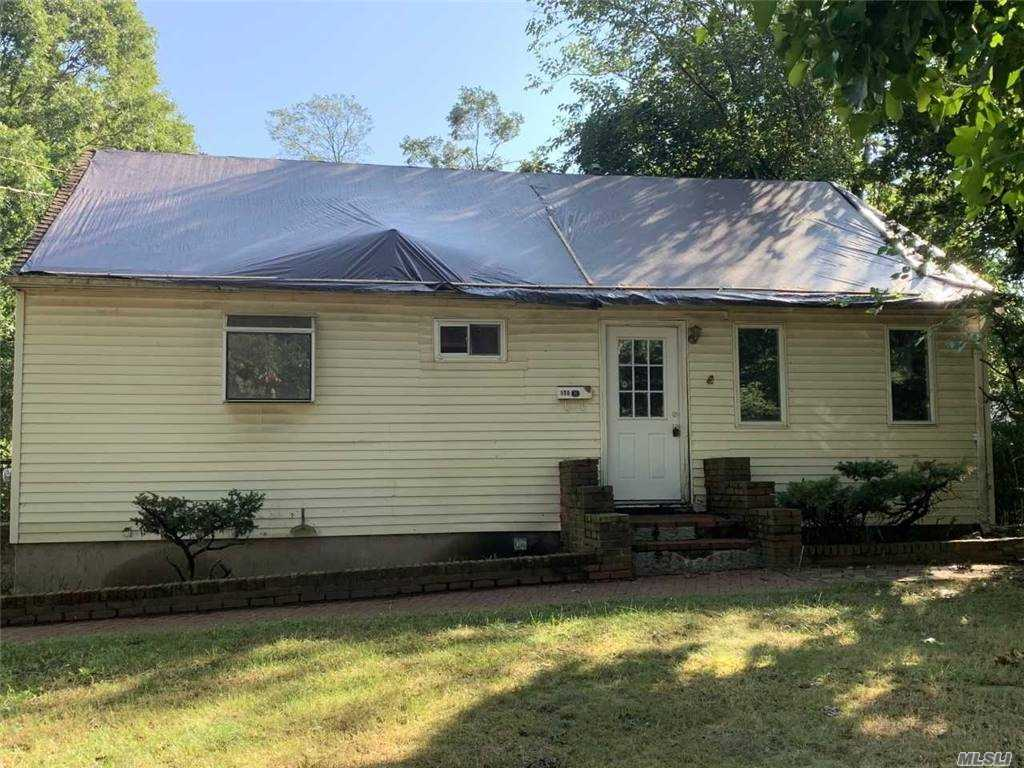 Listing in Centereach, NY