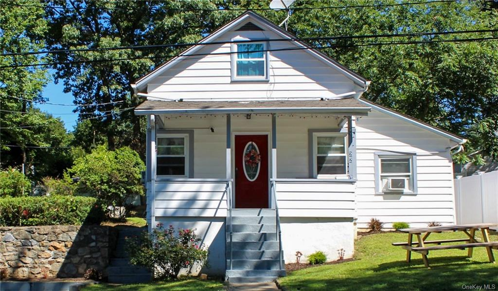 22 Hanson St, Putnam Valley, NY, 10537