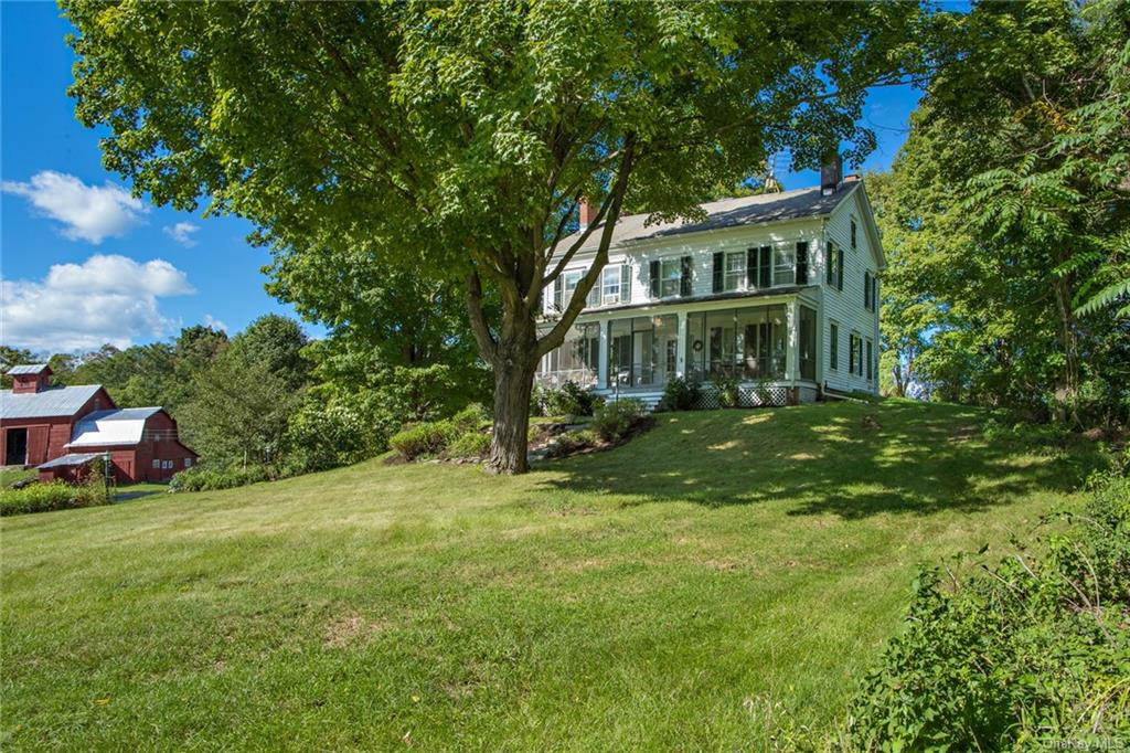 OPEN HOUSE 11/1 - 1-4 PM