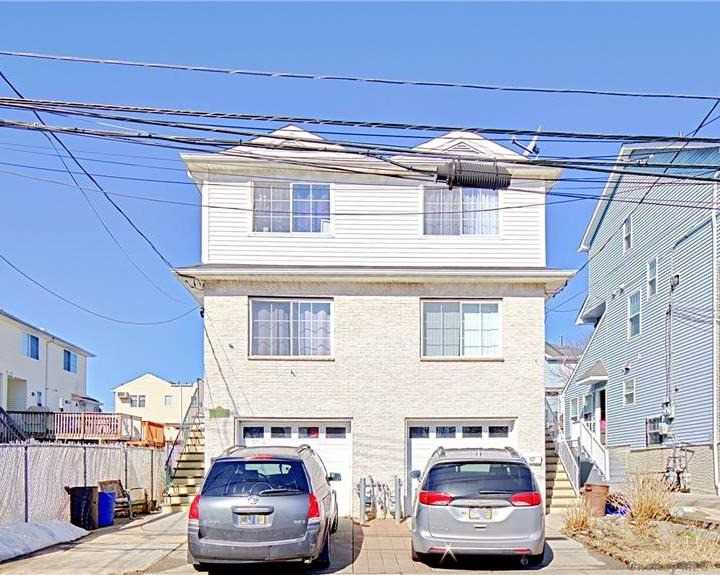 Listing in Staten Island, NY