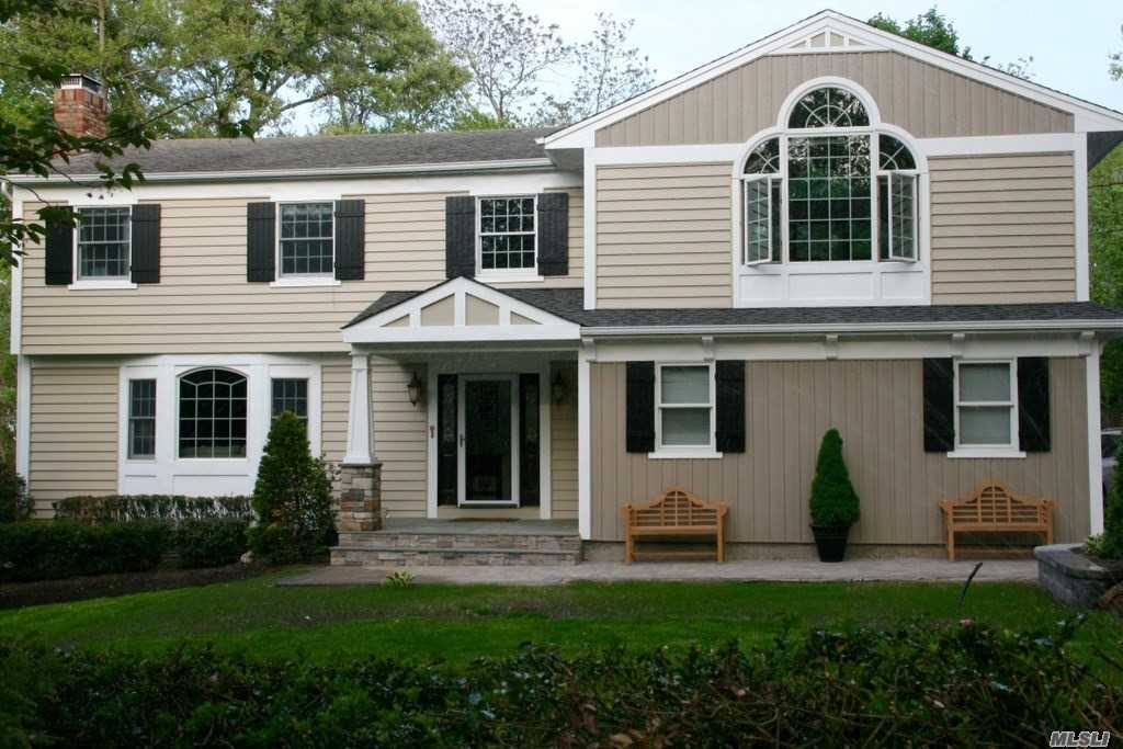 Listing in Fort Salonga, NY