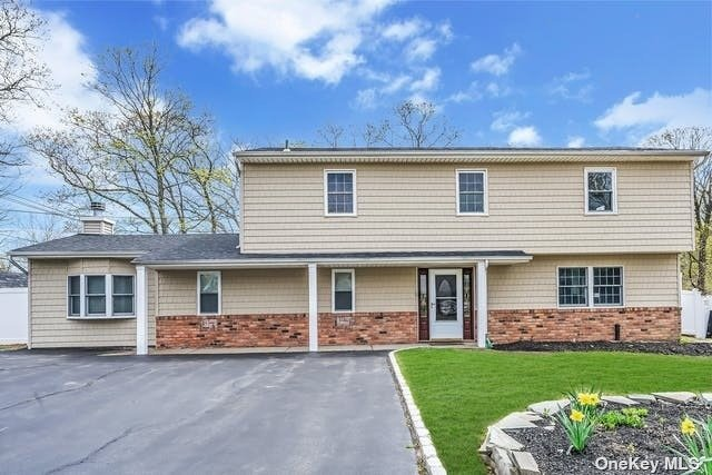 Listing in Sayville, NY