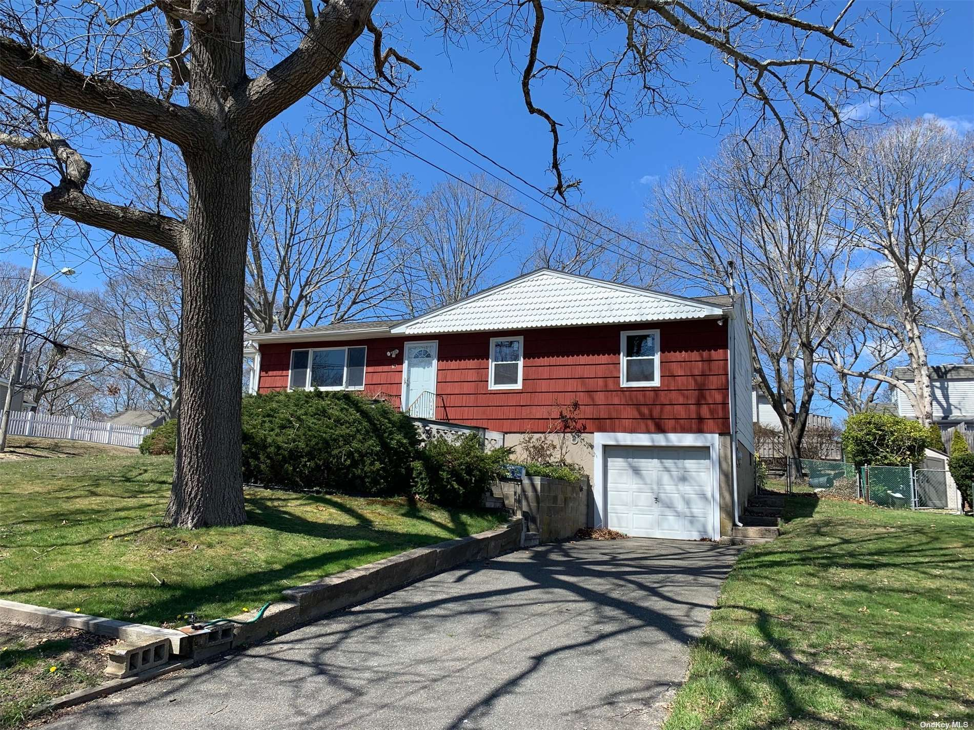 Listing in W. Sayville, NY
