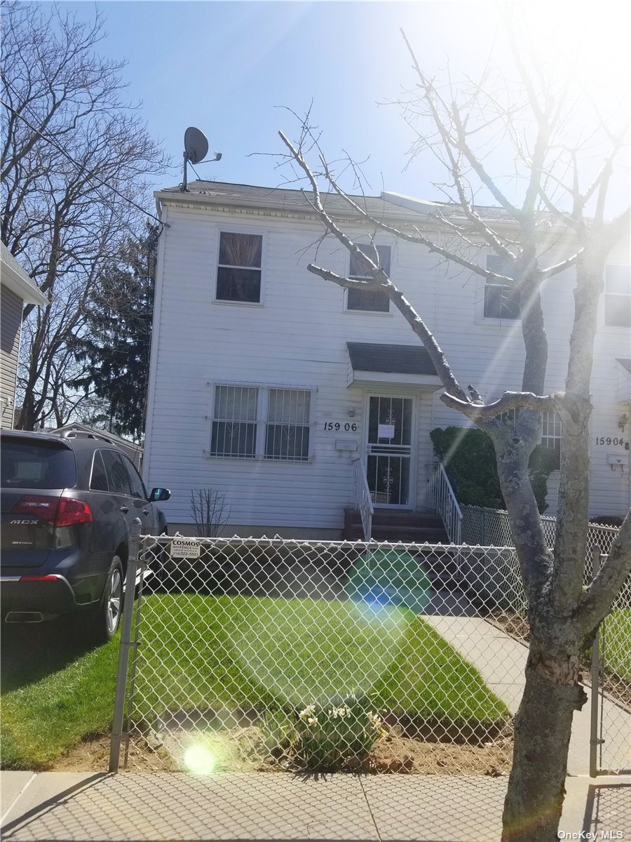 Listing in Jamaica, NY
