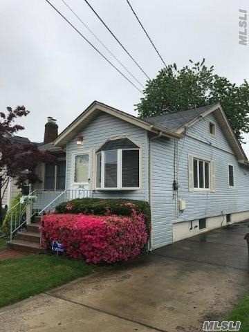Listing in Oceanside, NY