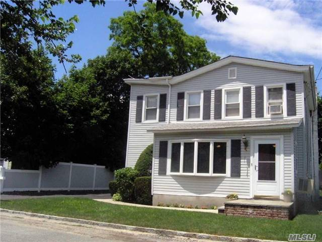 Listing in Bayville, NY