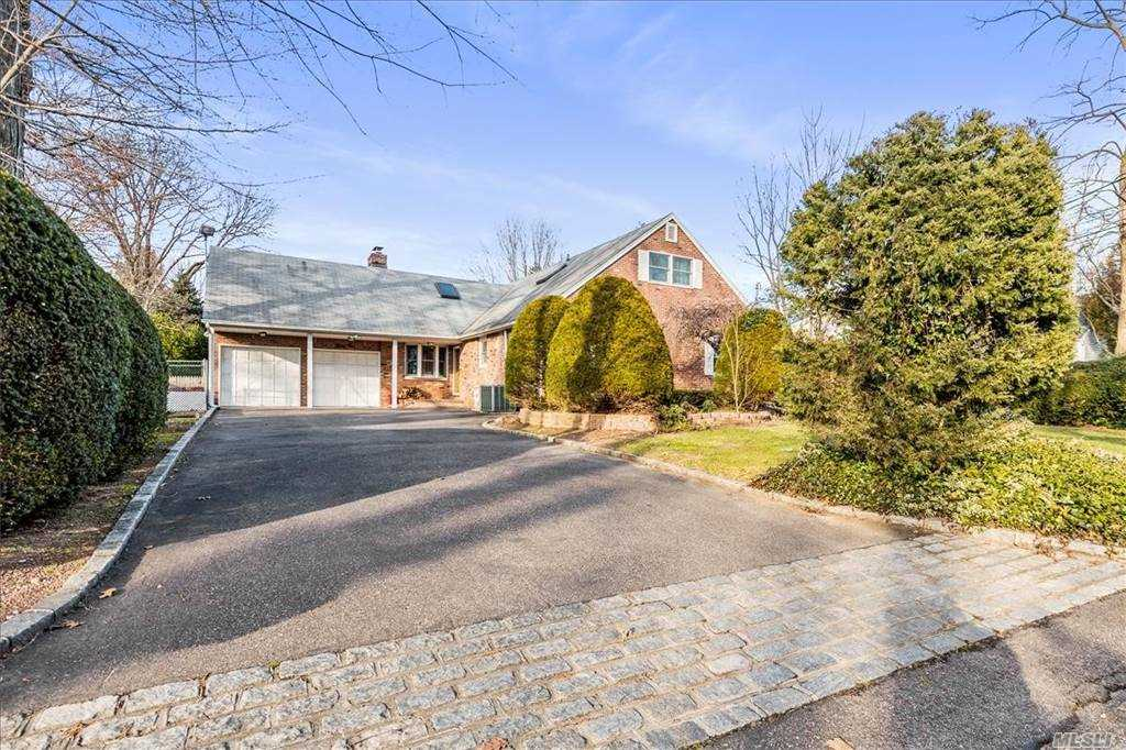 Listing in Sea Cliff, NY