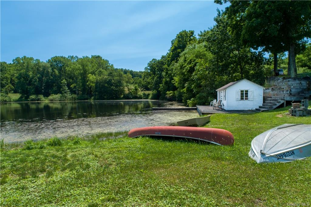 Tennis court nicely fenced in.
