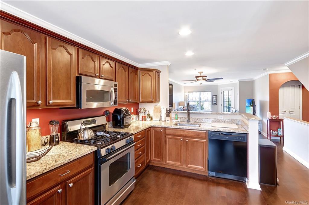 227 Northview Ct #21, Peekskill, NY, 10566