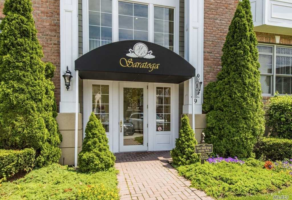 510 Pacing Way, Westbury, NY, 11590